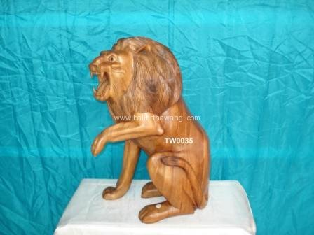 Sitting Lion<br>TW0035