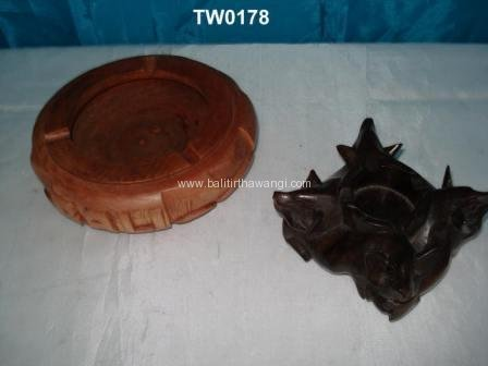 Round ashtray, Pig ashtray<br>TW0178